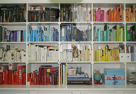 books-sorted-by-color