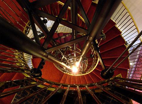 elegant-hotel-spiral-staircase