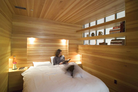 Beau Entirely Wood? Unusually Warm Bedroom Interior Design