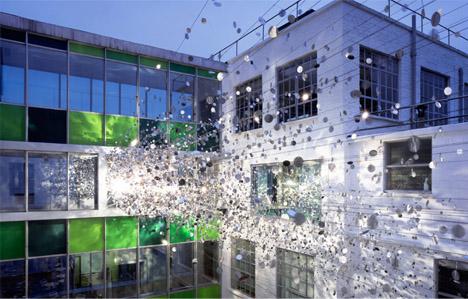 art-installation-glass-explosion