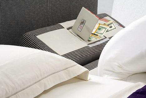 bed-pillow-hidden-safe