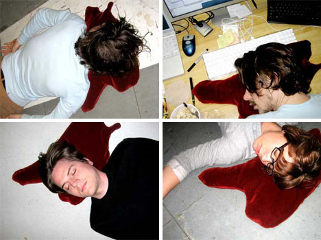 blood-pool-spill-inflatable-cushions