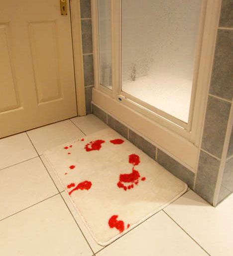 bloody-footprint-bath-mat-design