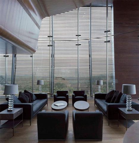 offbeat-spacious-home-interior-design