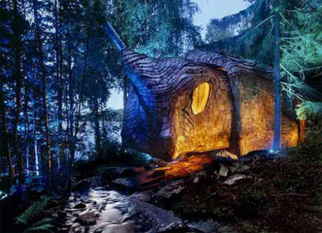 organic-curved-forest-green-house