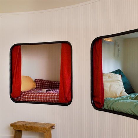 recycled-futuristic-silo-home-design
