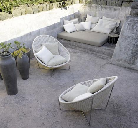 stone-and-concrete-exterior-porch