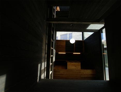 box-house-natural-lighting