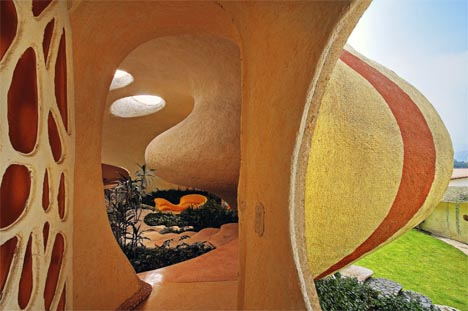 curved-shell-house-interior-exterior1