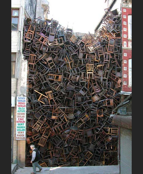 installation-chair-art-design