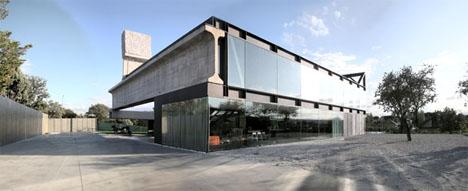 Massively fast huge concrete prefab home construction for Concrete modular homes florida