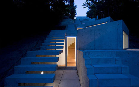 modern-house-lighting-night