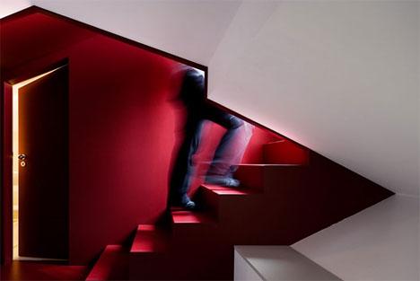 offbeat-interior-staircase-design