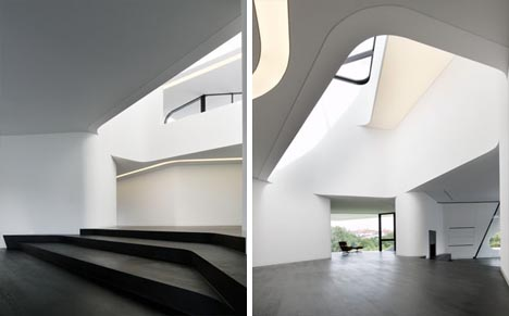 Dornob & Complex but Contextual: Unique Curved Modern House | Designs \u0026 Ideas ...