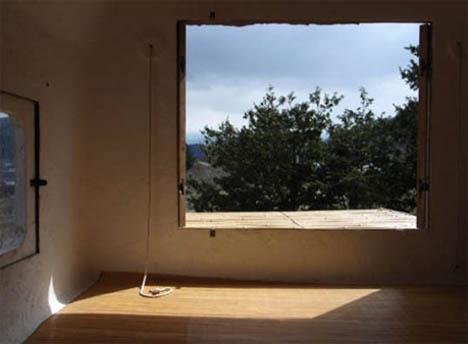 custom-tree-house-window-view