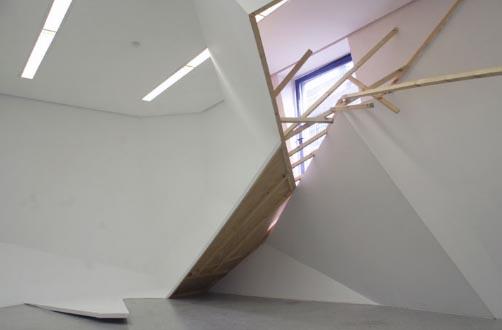 installation-museum-interior-art
