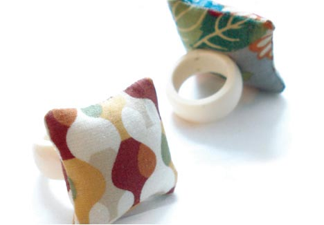 pillow-ring-creative-design