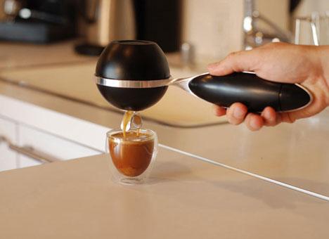 portable-personal-espresso-machine-design
