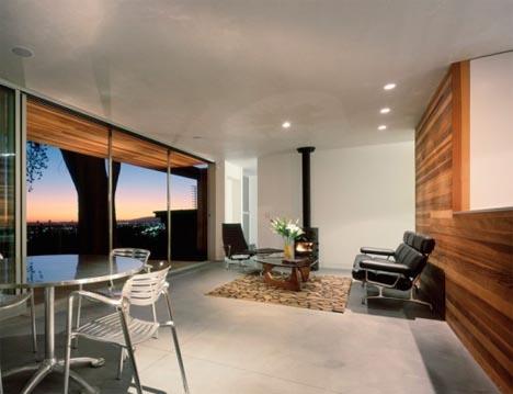 tree-house-interior-exterior-view