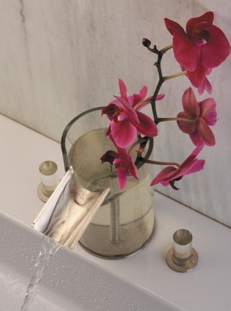 Clever Combined Bathroom Faucet Amp Flower Vase Design