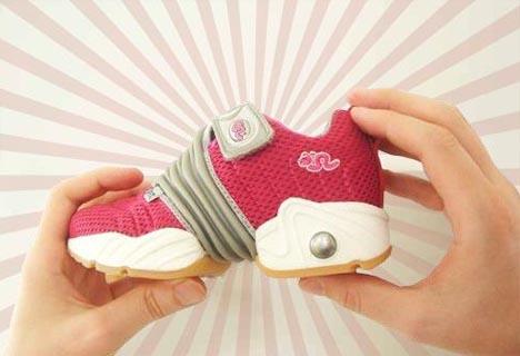 expanding-clever-shoe-design-idea1