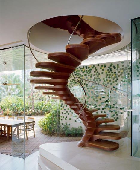 Heyhome en blogg om inredning, design och arkitektur. Snygga trappor. Tuffa trappor. Läskiga trappar. Annorlunda trappa.