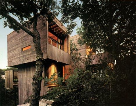 all wood tree house design