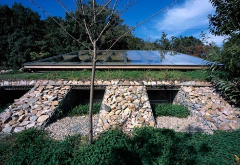 stone sustainable house design