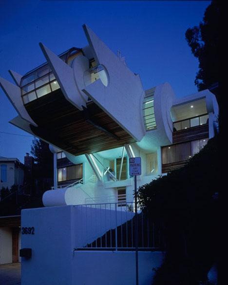 strange modern home design