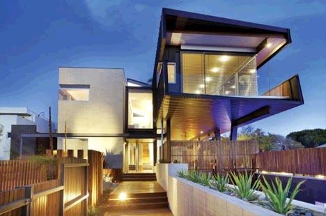 suburban cantilever steel home