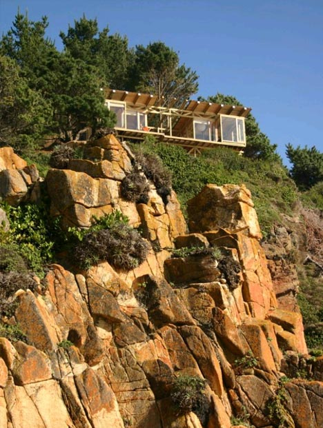 oceanfront cliff top home