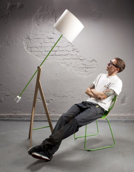 Contemporary Cool: Long U0026 Flexible Swing Arm Floor Lamp