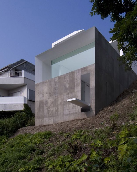 japanese modern cliff home