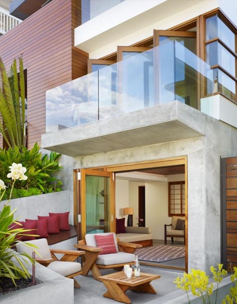 Huge Tropical House SuperSmall Lot Big Beach Home