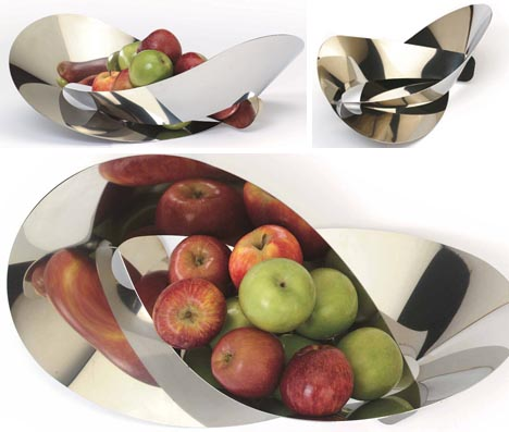 Cool Chrome Centerpieces: 5 Sleek Metal Fruit Bowl Designs