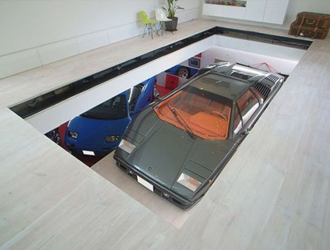 Hydraulic Living Room Car Lift Rides Right Into Your Home