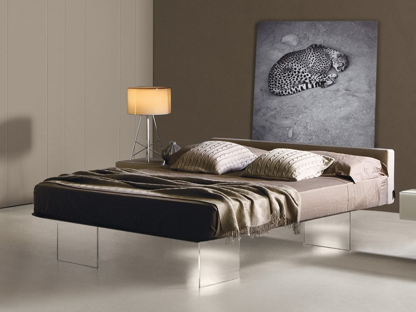 Modern platform beds that float on air designs ideas for Lago furniture