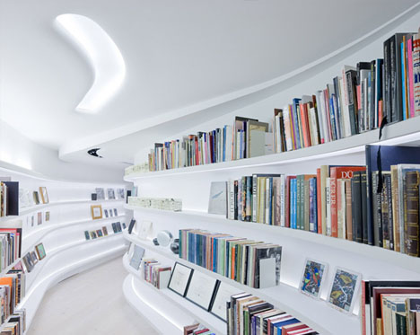Heyhome - En blogg om inredning, arkitektur och design - Snygga kurvor dominerar denna våning i New York