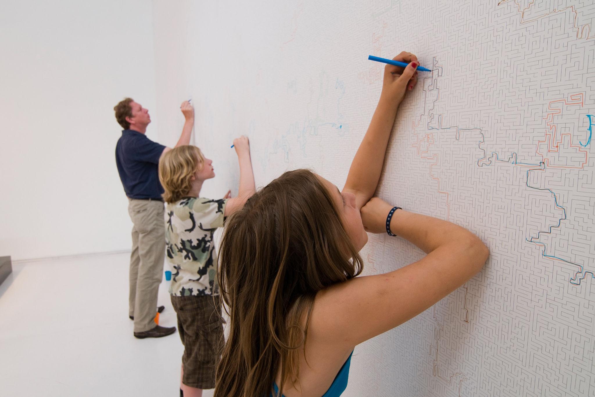 Draw On Walls Crossword Puzzle Wallpaper Designs Ideas On Dornob
