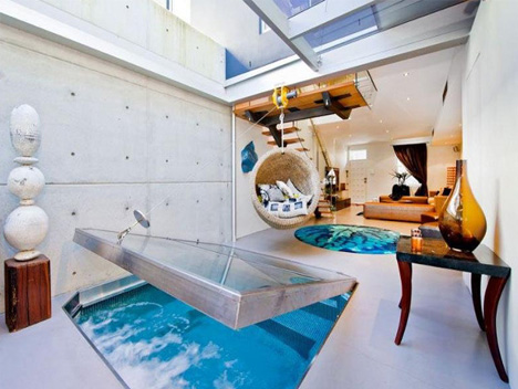 Space-Saving Spa: Small Indoor/Outdoor Living Room Pool ...