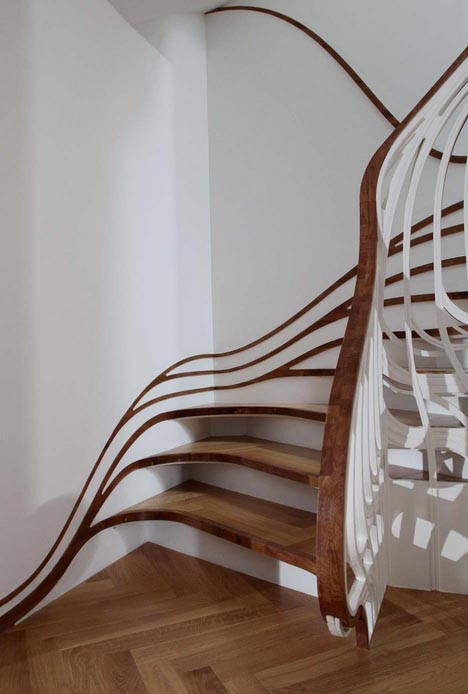 Exceptionnel Banister Bending Staircases Take Handrails To New Heights