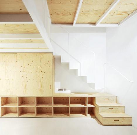 Split Level Loft: Suspended Bedroom + Under Stair Storage