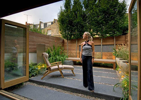 London Yard: 7 Grassless Gardens for Modern Urban Homes ... on Grassless Garden Ideas id=68077