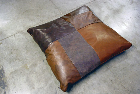 Sectional upcycling leftover shoe leather to sofa cushions for Sofa upcycling