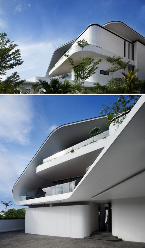 Exotic Curves Tropical Modern Hilltop House In Singapore