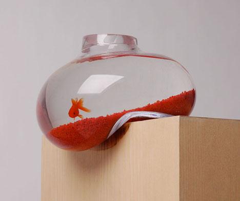 Falling Fish: Lopsided Glass Aquarium for Living on the Edge