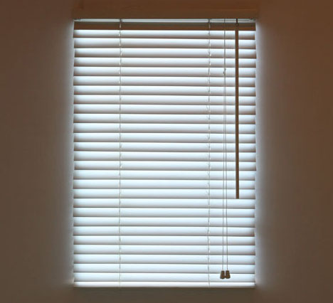 Blind light faux wall hung daylight via led window blinds Fake window for basement