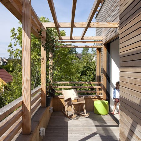 Sophisticated Paris Home Boasts Suspended Rooftop Garden