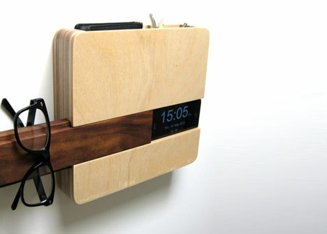 Wall Mount Butler Organizes Keys Phone Wallet Amp Glasses