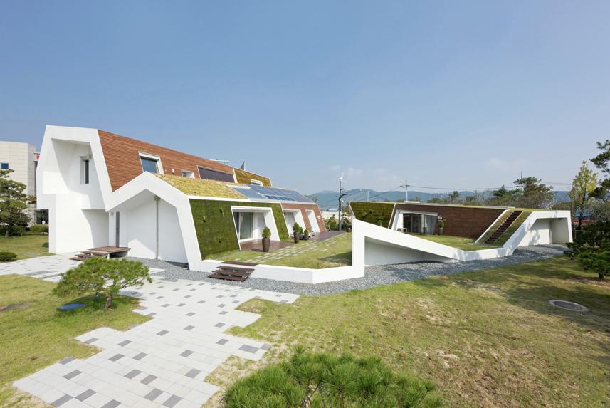 Stepped Green Roof House Design Designs Ideas On Dornob